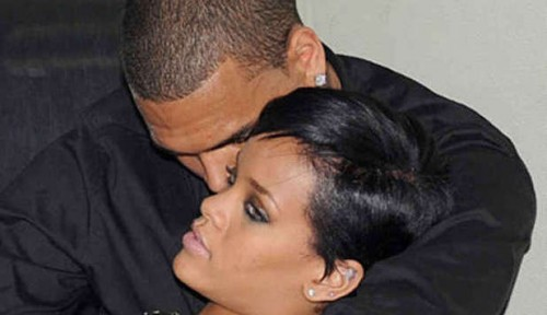 rihanna, compleanno, album, cinema, moda, aggredita, stalker, chris, brown,gossip,vip,news,notizie,musica,cantante,Chris Brown,abbigliamento , profumi,