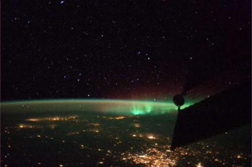 parmitano,spazio,iss,asi,esa,nasa,aurora,boreale,new,terra,pianeta,notizie,parmitano,stazione,spaziale