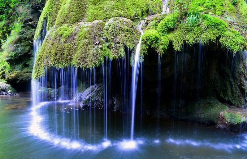 Explore-Bigar-Waterfall-Caras-Severin-Romania_30102619